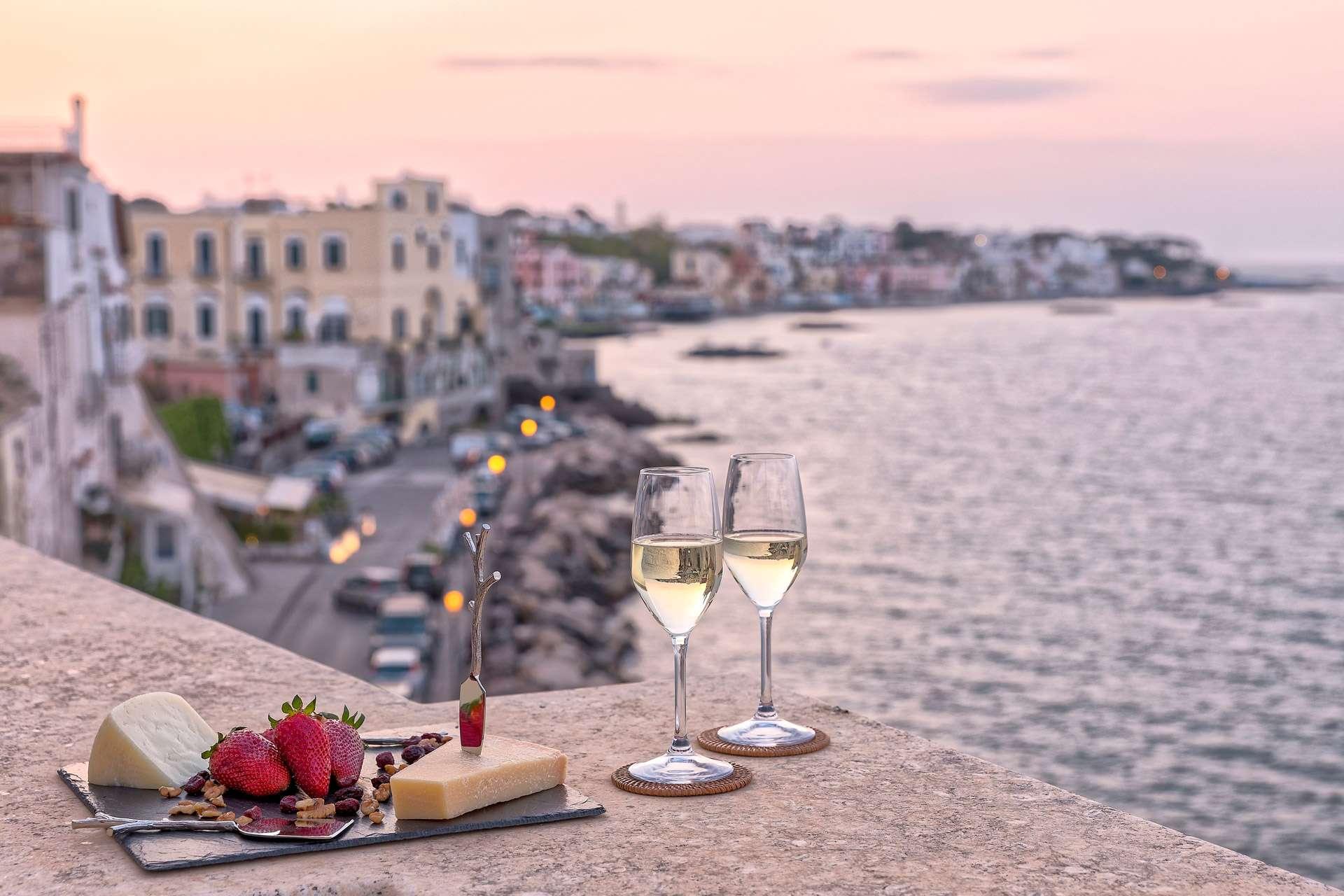 Book 7 Nights And Pay Only 6 Bed Breakfast Villa Lieta Ischia Ischia Porto